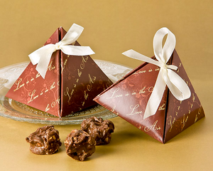 Love is in the Air Pyramid Favor Box (24 Pack) - CLOSEOUT PRICE - ArtisanoDesigns
