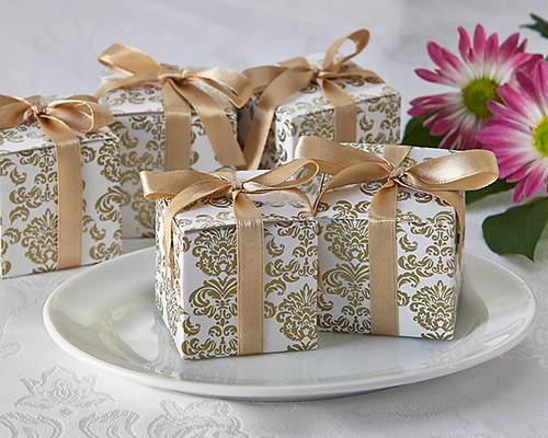 Classic Damask Favor Box in Gold (24 Pack) - ArtisanoDesigns