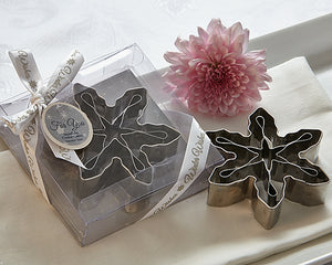 Winter Wishes' 3D Snowflake Cookie Cutter Favor - ArtisanoDesigns
