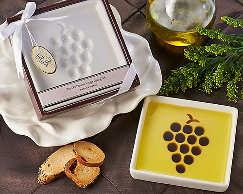 Vineyard Select Olive Oil and Balsamic Vinegar Dipping Plate Favor - ArtisanoDesigns