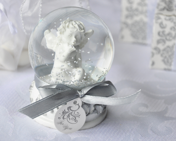 Angel Kisses Cherub Snow Globe Favor - ArtisanoDesigns