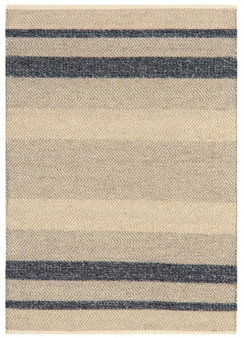 herring bone wool rug in ebony