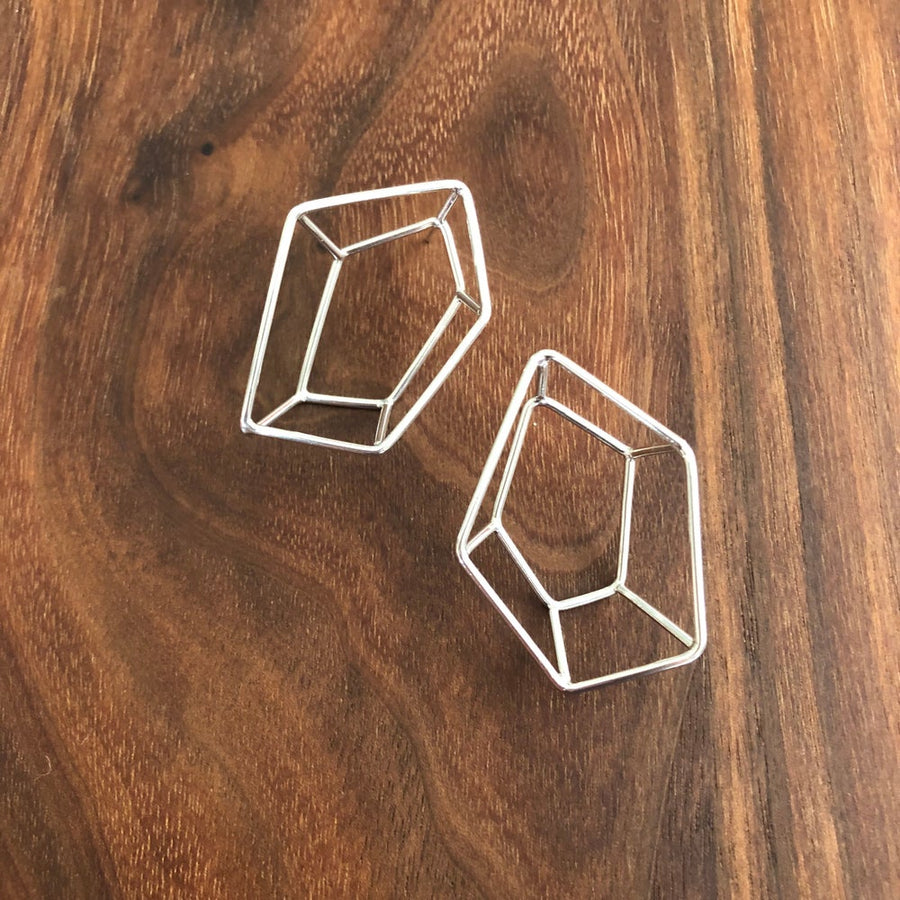 large faceted stud