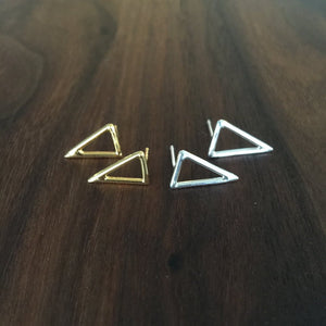 single triangle stud