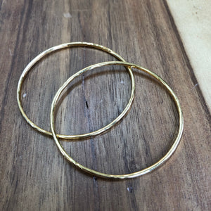 thick textured bangle - petite wrists