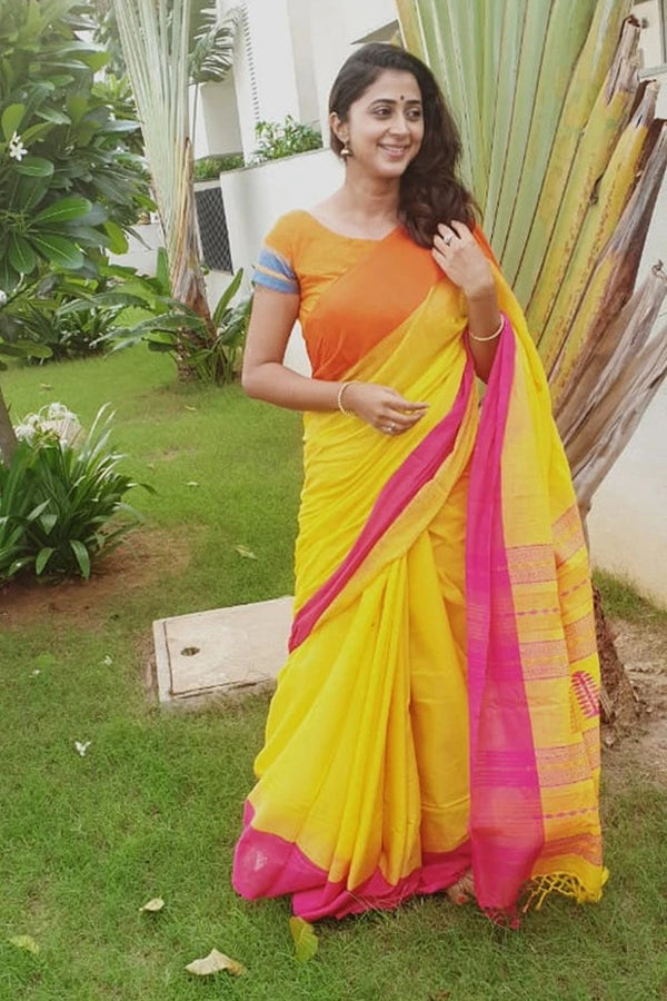 Handloom Cotton Jamdani Saree In Yellow