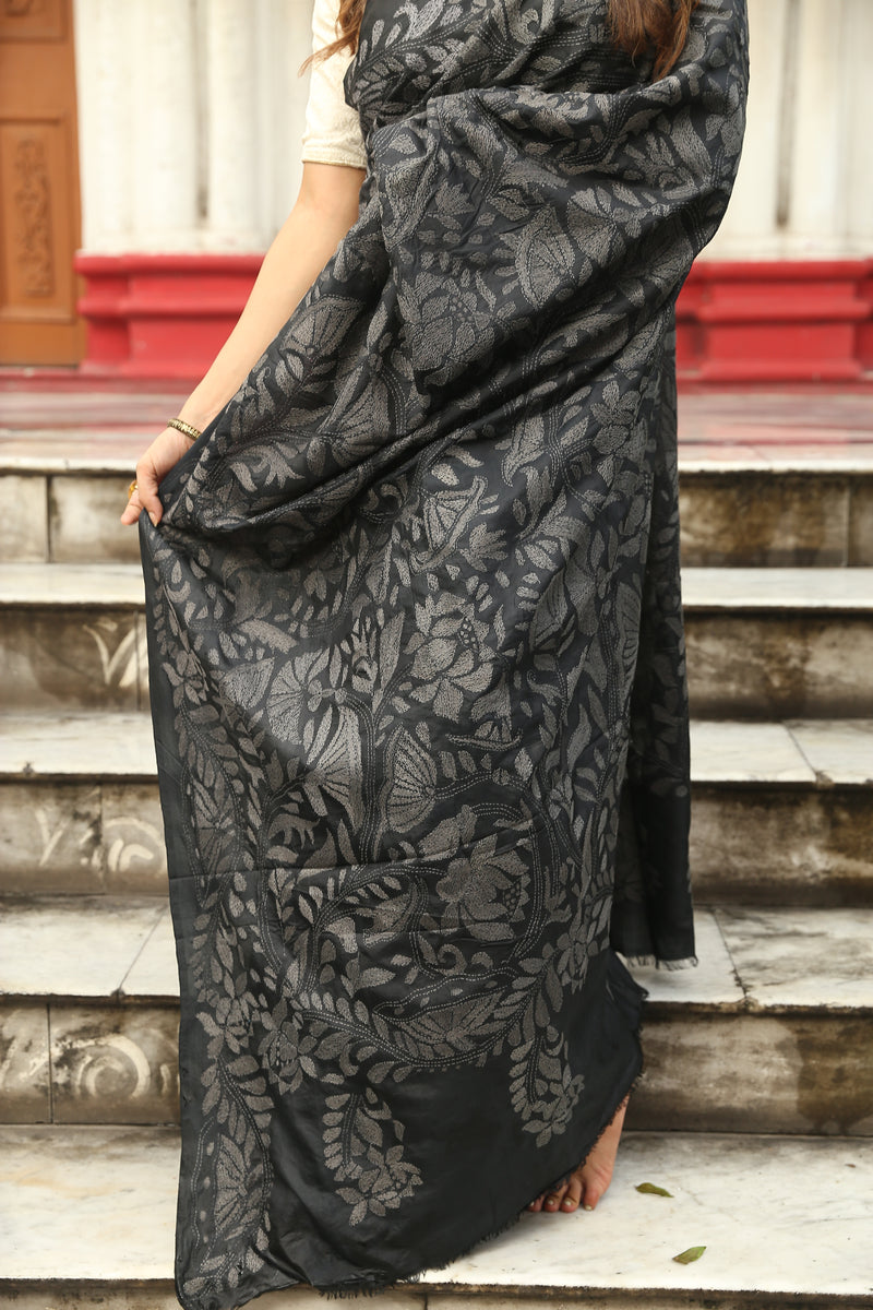 Black Floral Kantha Hand Embroidery Saree (IL-514 )