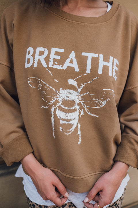 Bee Sweater Camel