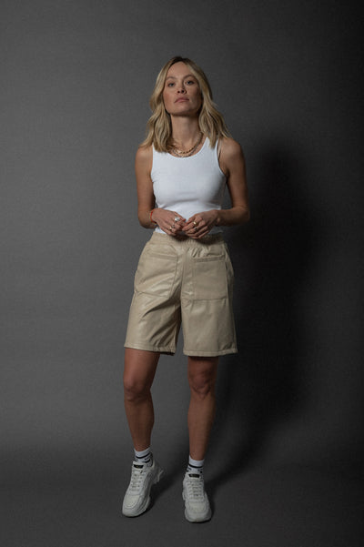 Abby Shorts Vegan Leather Beige