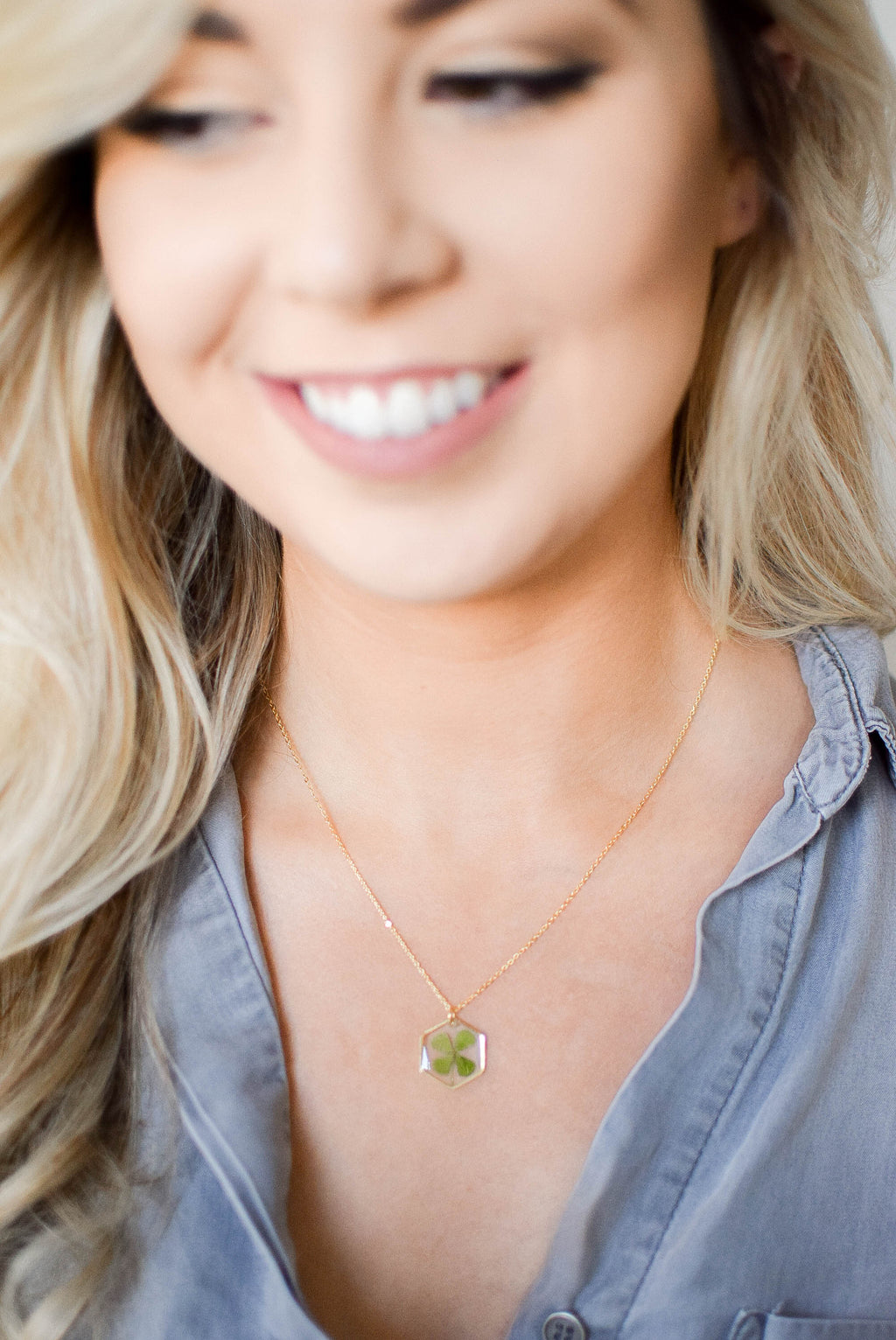 Four Leaf Clover Pressed Flower Necklace (Gold)