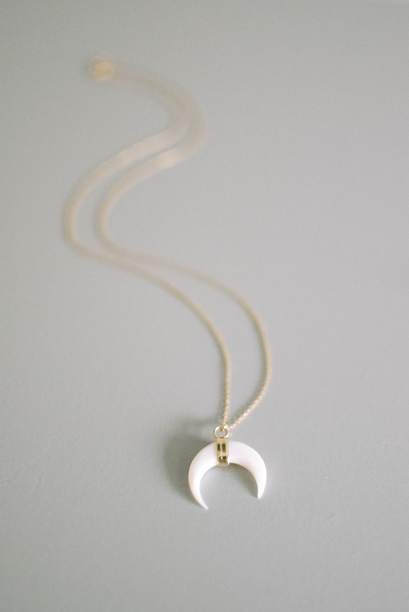 White Shell Crescent Moon Necklace - Gold Filled