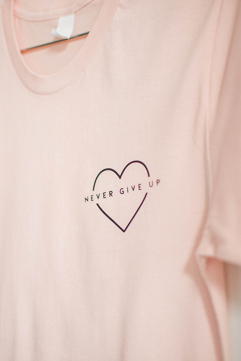 Never Give Up T-Shirt - Breast Cancer Research