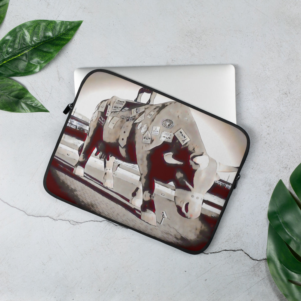 A bull ready for shipping Laptop Sleeve