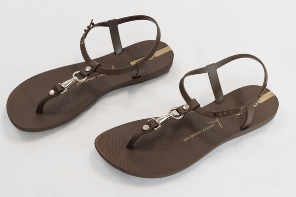 New Hills Sandals by Lenny Niemeyer