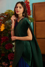 Load image into Gallery viewer, Classy Pleated Colorblock Gown Saree - Electric Blue Gown with Emerald Green Drape