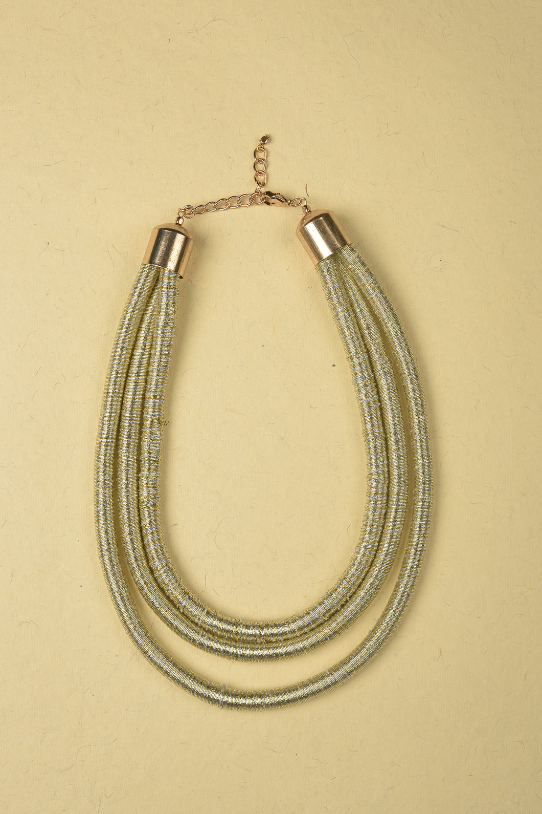Small Necklace made of Jute, Iron Rings and Iron Chain