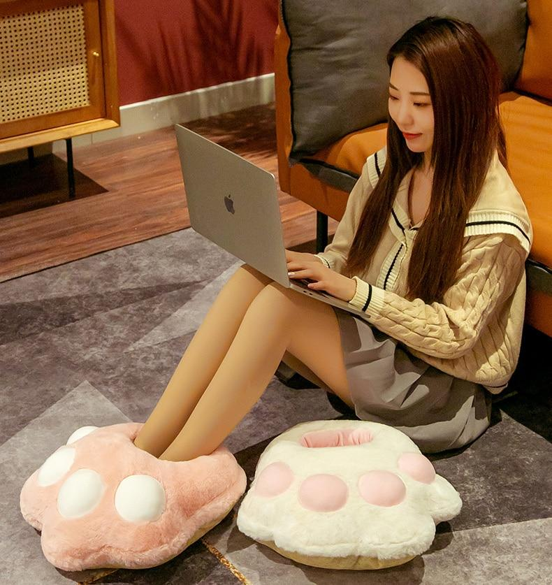 Cosy 2-in-1 Paw Plush Slipper - Kawaiies - Adorable - Cute - Plushies - Plush - Kawaii