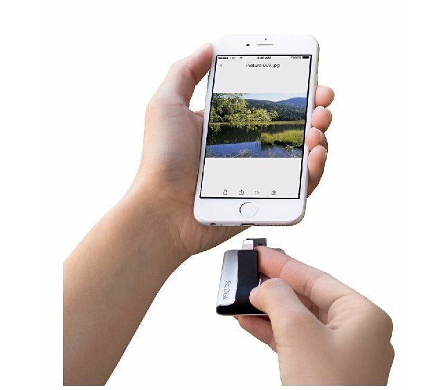SanDisk iXpand USB Flash Drive for Upgrade iPad iPhone Memory