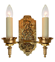 Antique Circa 1910, Two Light Cast Tudor Revival Bronze Wall Sconce with Lion, Unicorn and Thistle Motifs.