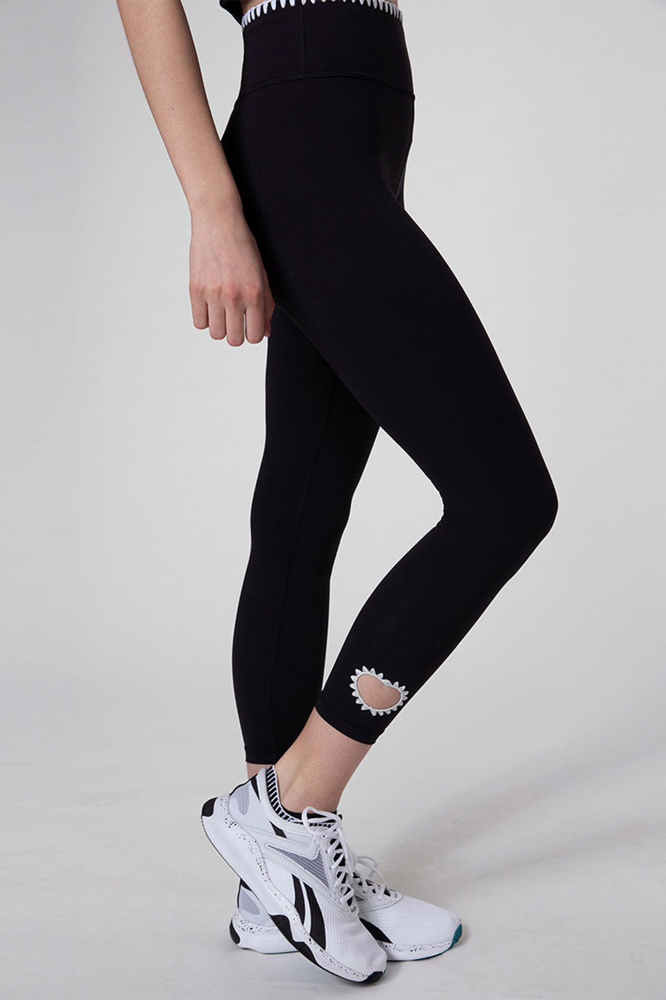 Heart Out Breeches Leggings