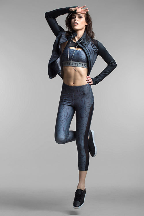 Linear Crop Legging