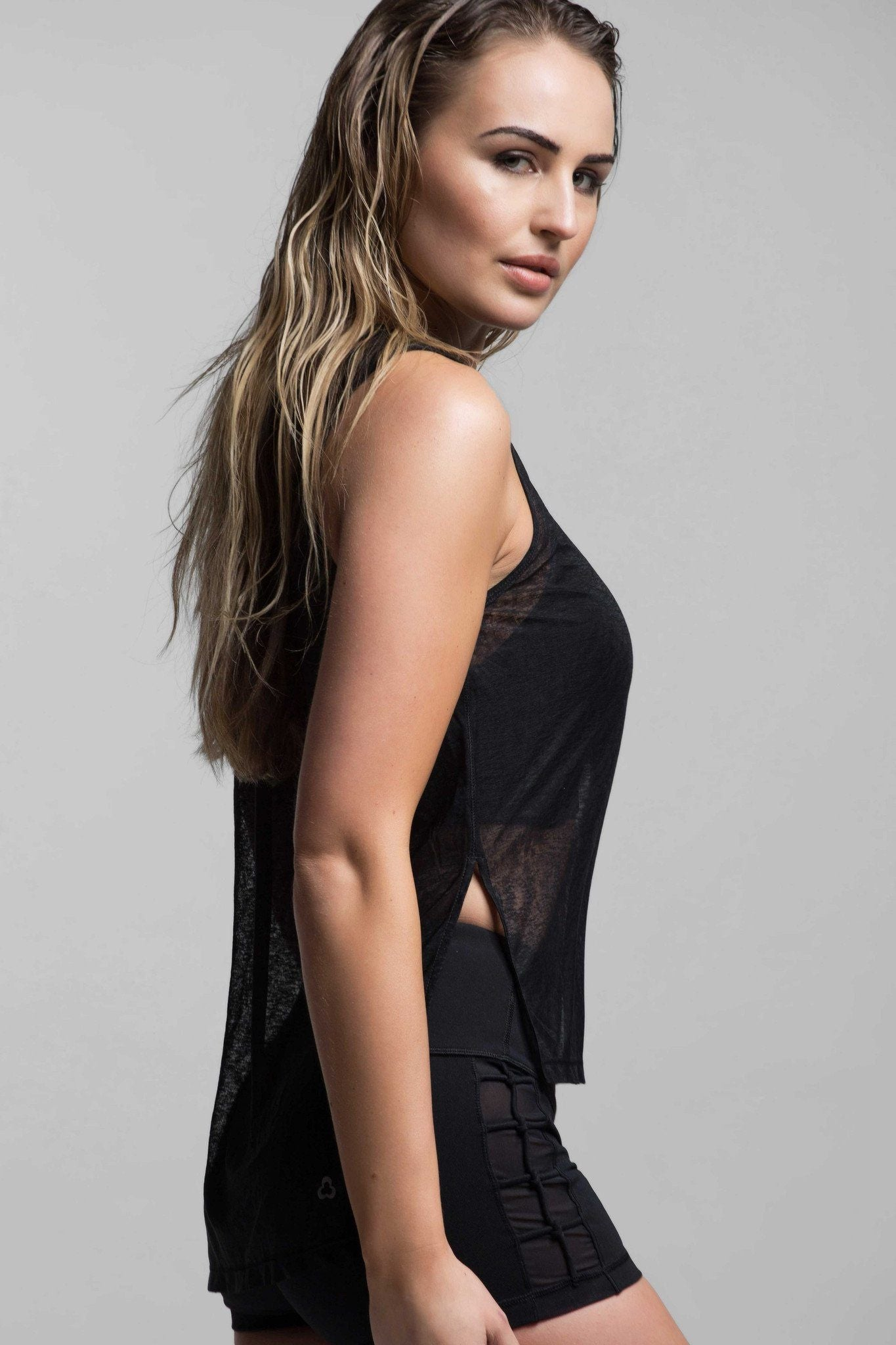 Taia Light Layering Tank
