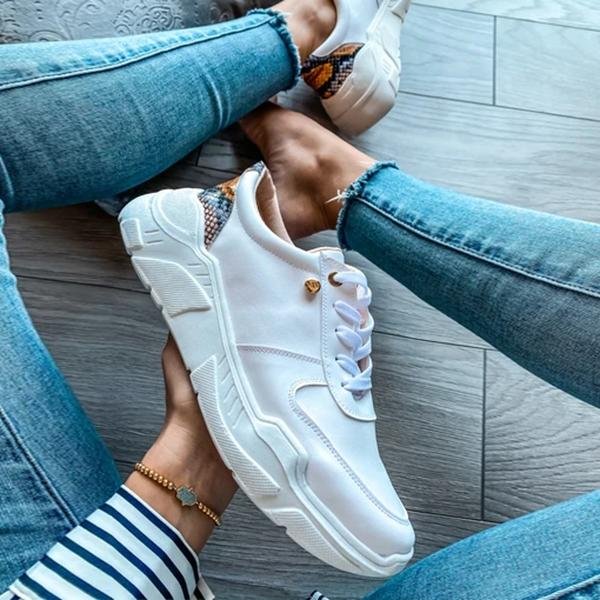 Mokashoes Baltimore White Snake Heel Sneakers