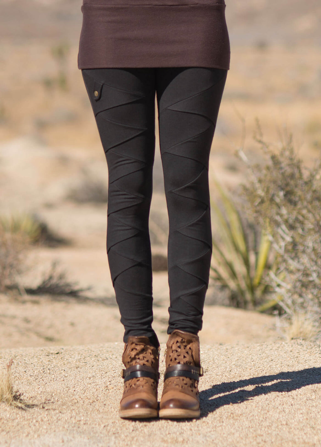 bamboo and organic cotton black leggings with criss cross seam pattern