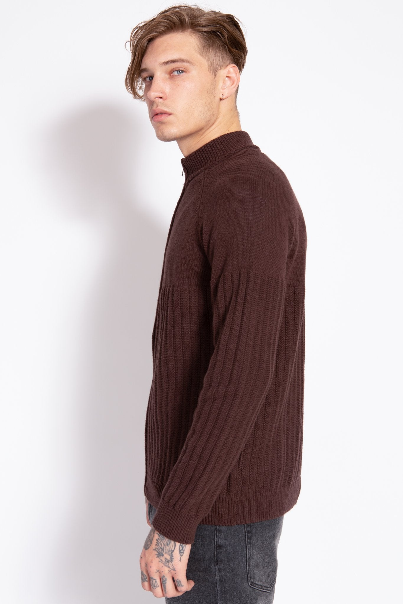 HH M ZipUp Sweater