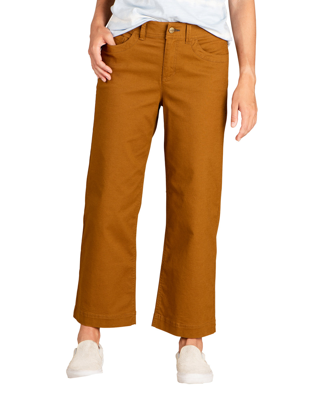 Wide Pants with 4 functional pockets.