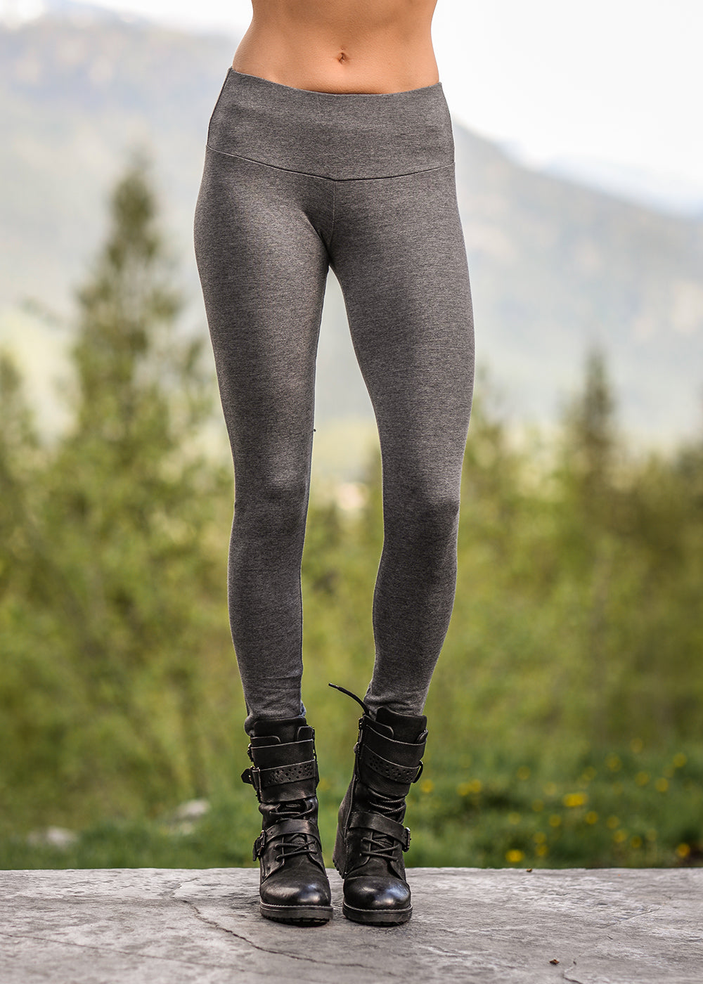 NOM Spectrum leggings