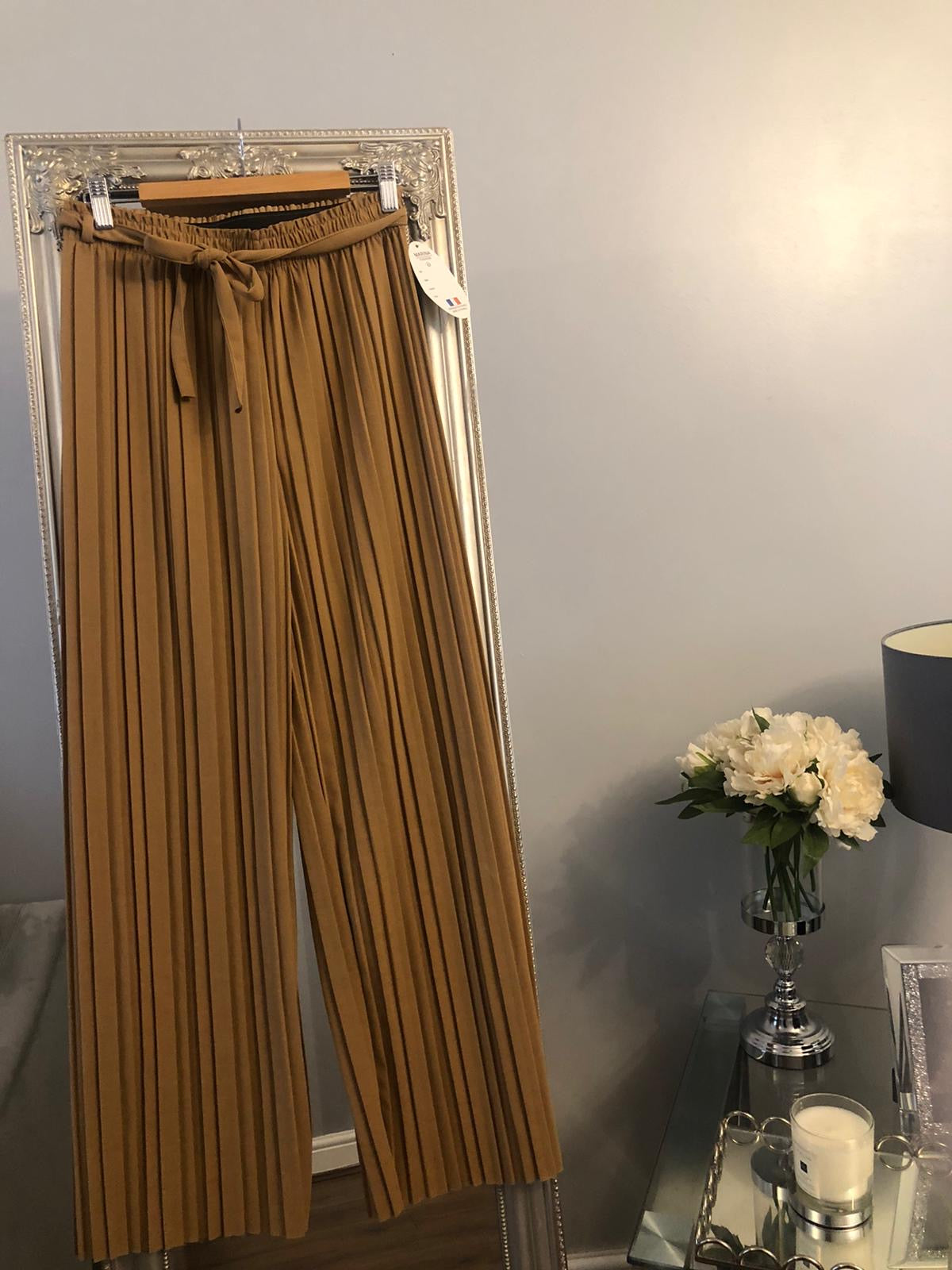 Pleated Pants- Tan and Black