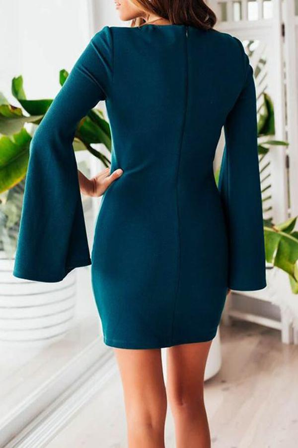 Round Neck Petals Sleeve Solid Color Mini Dress
