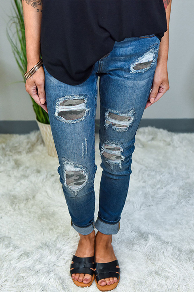 Patch Destroyed Skinny Denim Pants