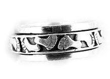 Sterling Silver Baby Feet Footprints in the Sand Spin Ring - Silver Insanity