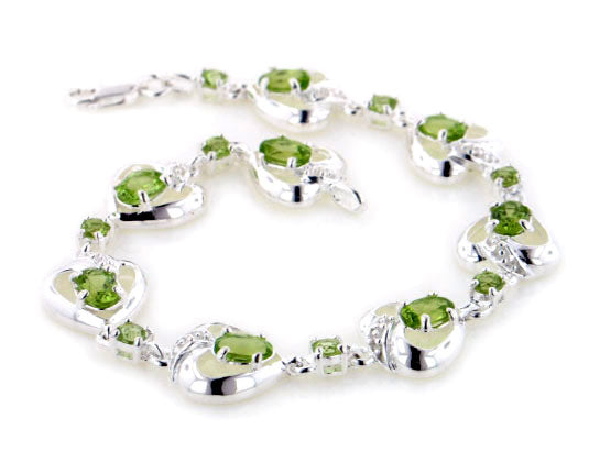 Sterling Silver 5.2cttw Natural Green Peridot Heart Bracelet - Gift Boxed
