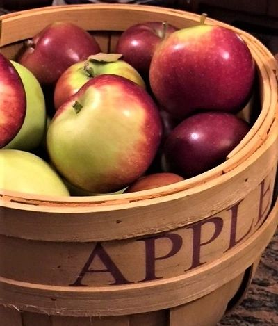 Apple Harvest Gift Box