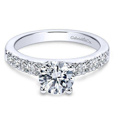 Spotlight on Solitaire Engagement Rings