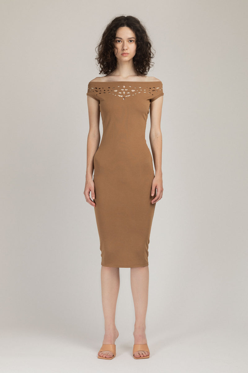 Pose Dress Camel