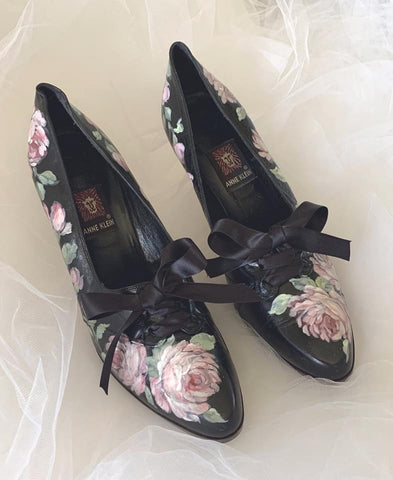 WILD ROSE VINTAGE SHOES
