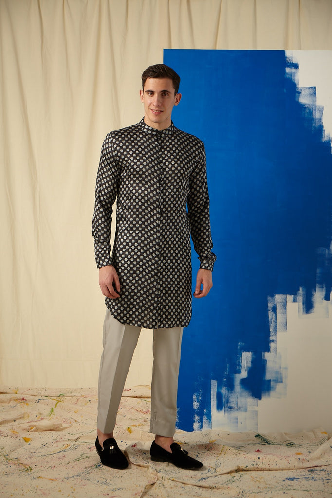The Sky Full of Stars Cotton-Silk Kurta with Grey Pajama Set