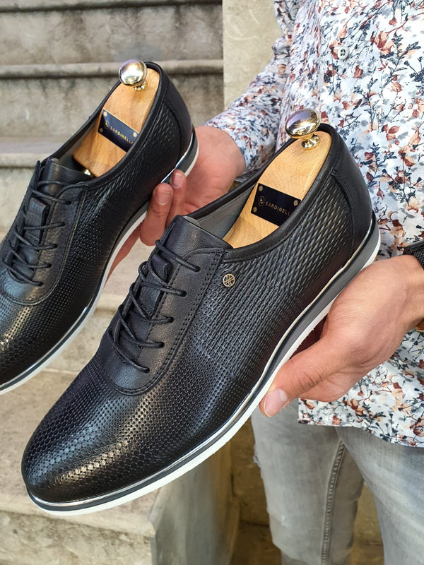 Patterned Black Sneakers