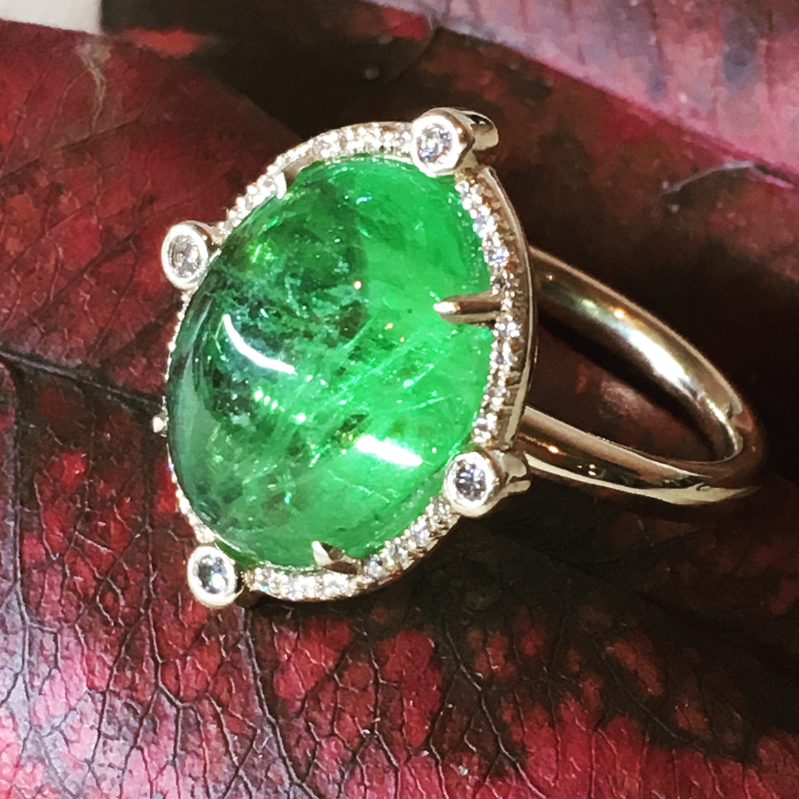 11 carat Tsavorite Garnet and diamond ring in 14ky gold