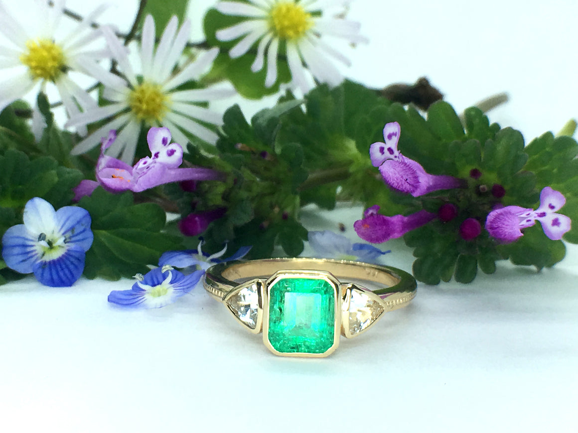Emerald and White Sapphire 3 stone 14k gold ring