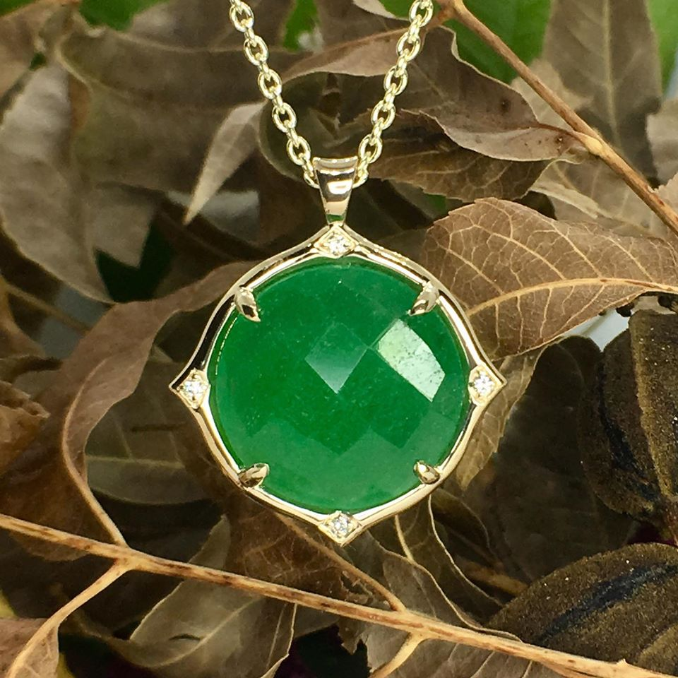 Adventurine and diamond 14ky gold pendant