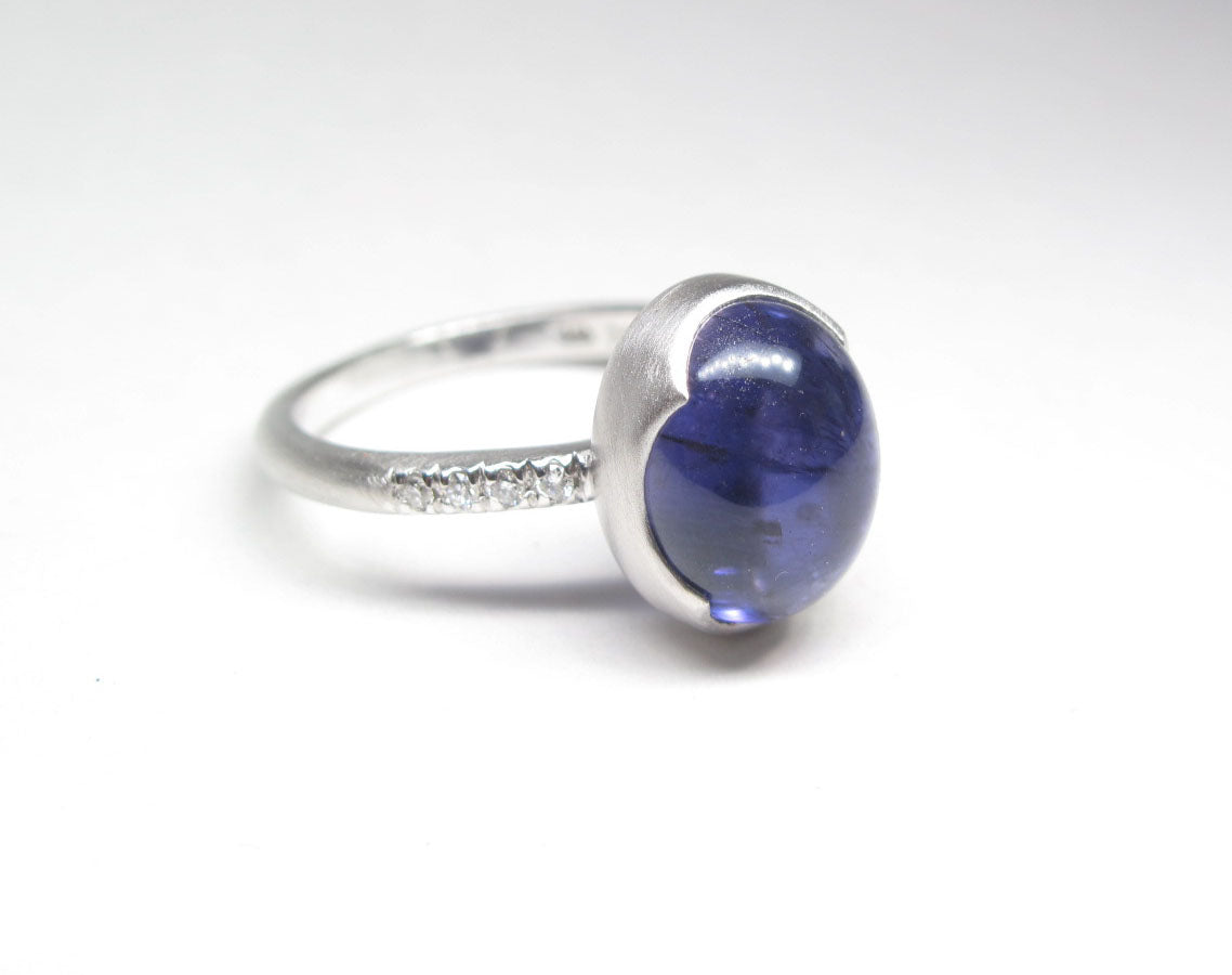 Iolite Cabachon and diamond 14k white gold ring