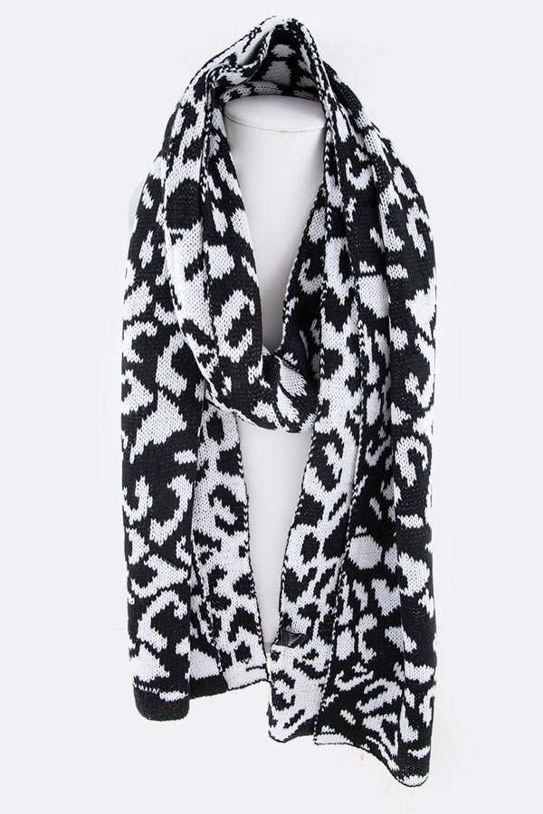Karley Bkl/White Animal Print Scarf