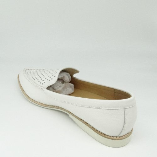 MADISON LOAFER PUNCH - WHITE