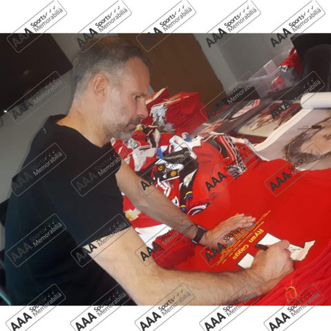 Ryan Giggs Hand Signed #11 Career Honours Shirt in Deluxe Classic Frame