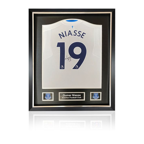 Oumar Niasse hand signed Everton 2017-18 Away Shirt in Deluxe Classic Frame